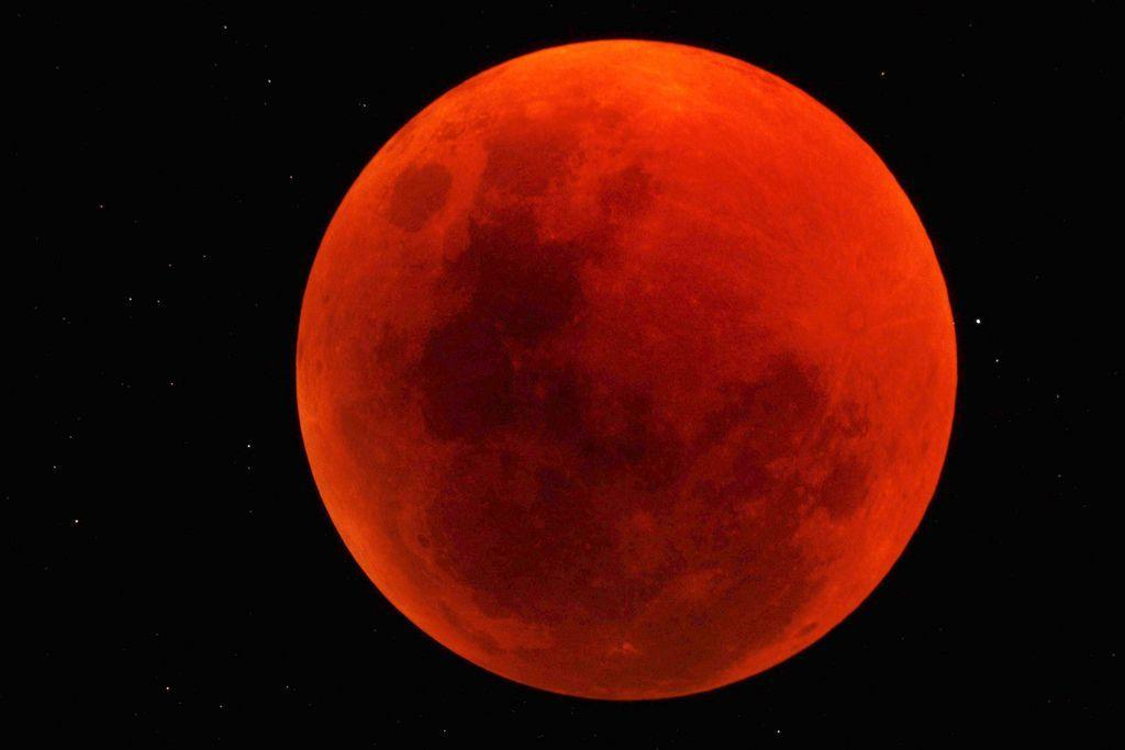 Watch Tonight's Lunar Eclipse Without Fear and Prove You Are Evolved