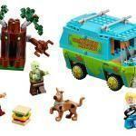 Solve the Mystery of the Misplaced Piece With Scooby-Doo Lego