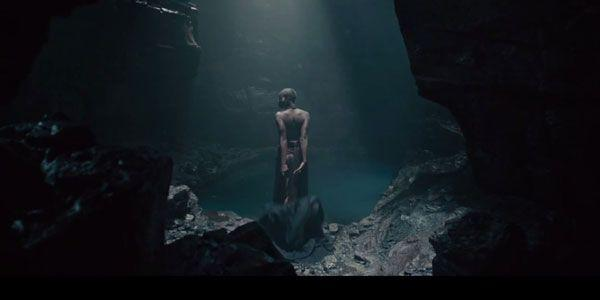 Mysterious Woman in Avengers Trailer is…Who?
