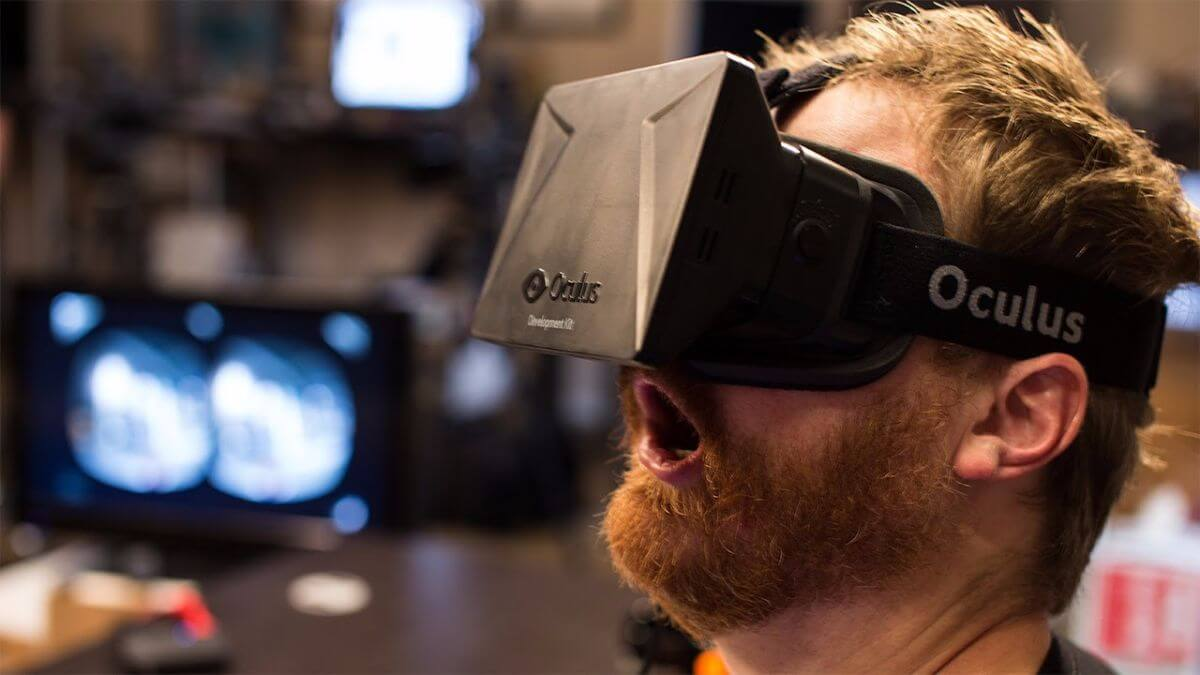 Consumer Oculus Rift Not Due Until 2016