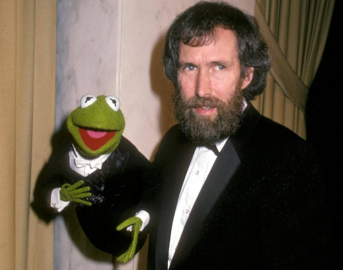 jim henson The jim henson company (also known at various times as muppets, inc, henson associates, inc, and jim henson productions, inc) is an american entertainment company.