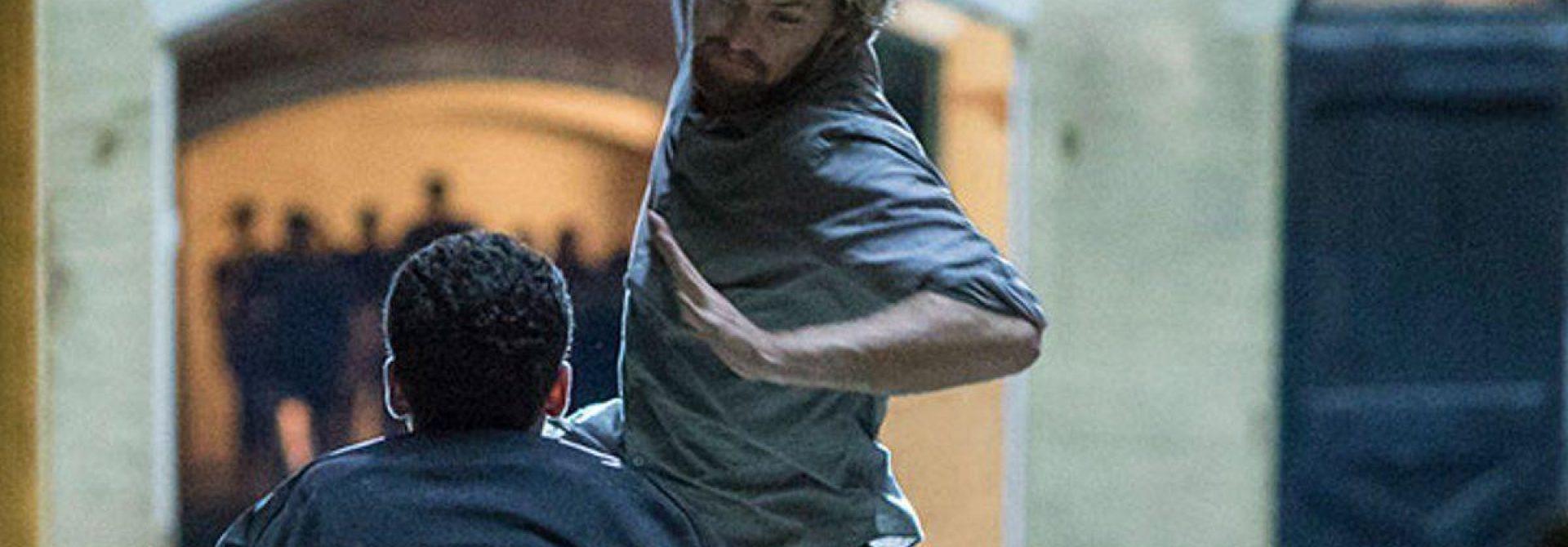 Finn Jones Responds to Iron Fist Reviews