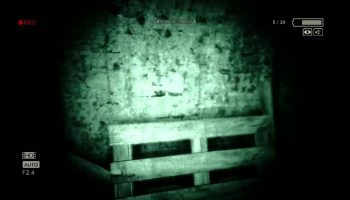 Outlast Goes to PS4