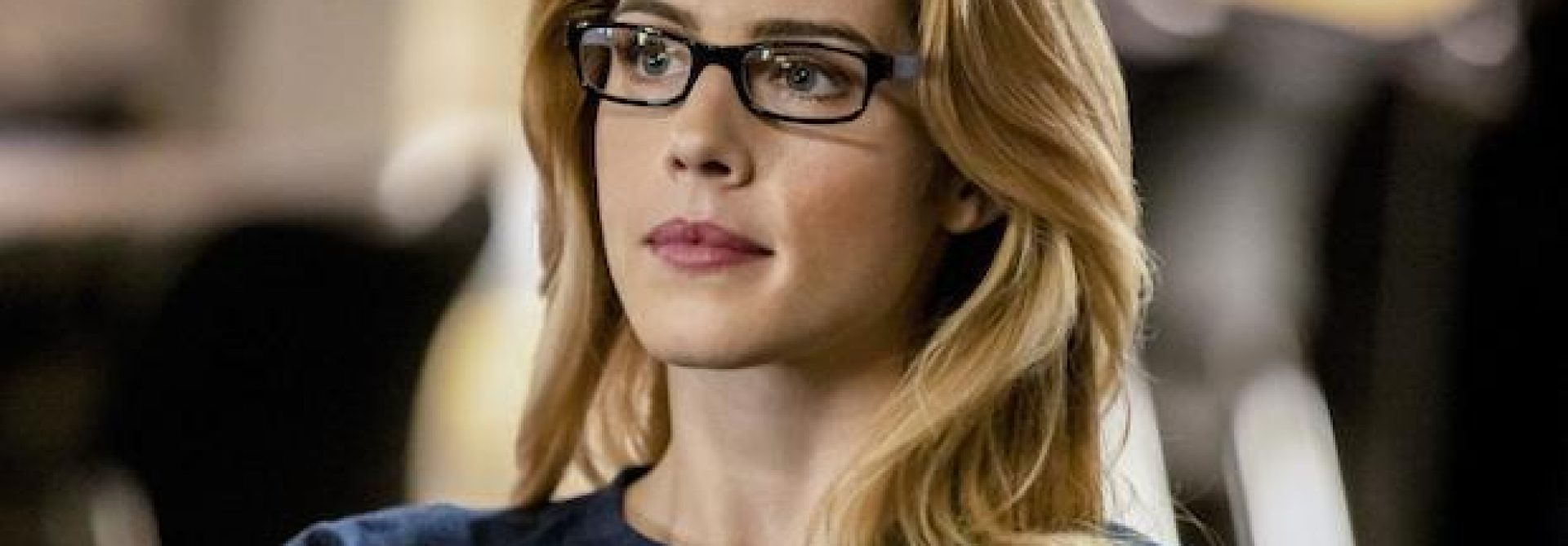 Emily Bett Rickards Leaving Arrow Ten Episodes Early