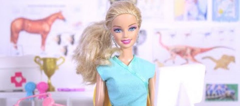 Barbie and Ken will be played by Margot Robbie and Ryan Gosling